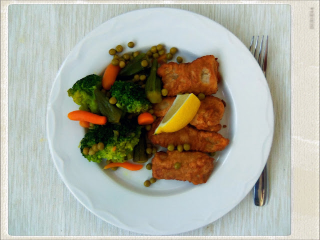 You 39 ve got meal fried fish sticks with broccoli and okra for Side dishes for fried fish