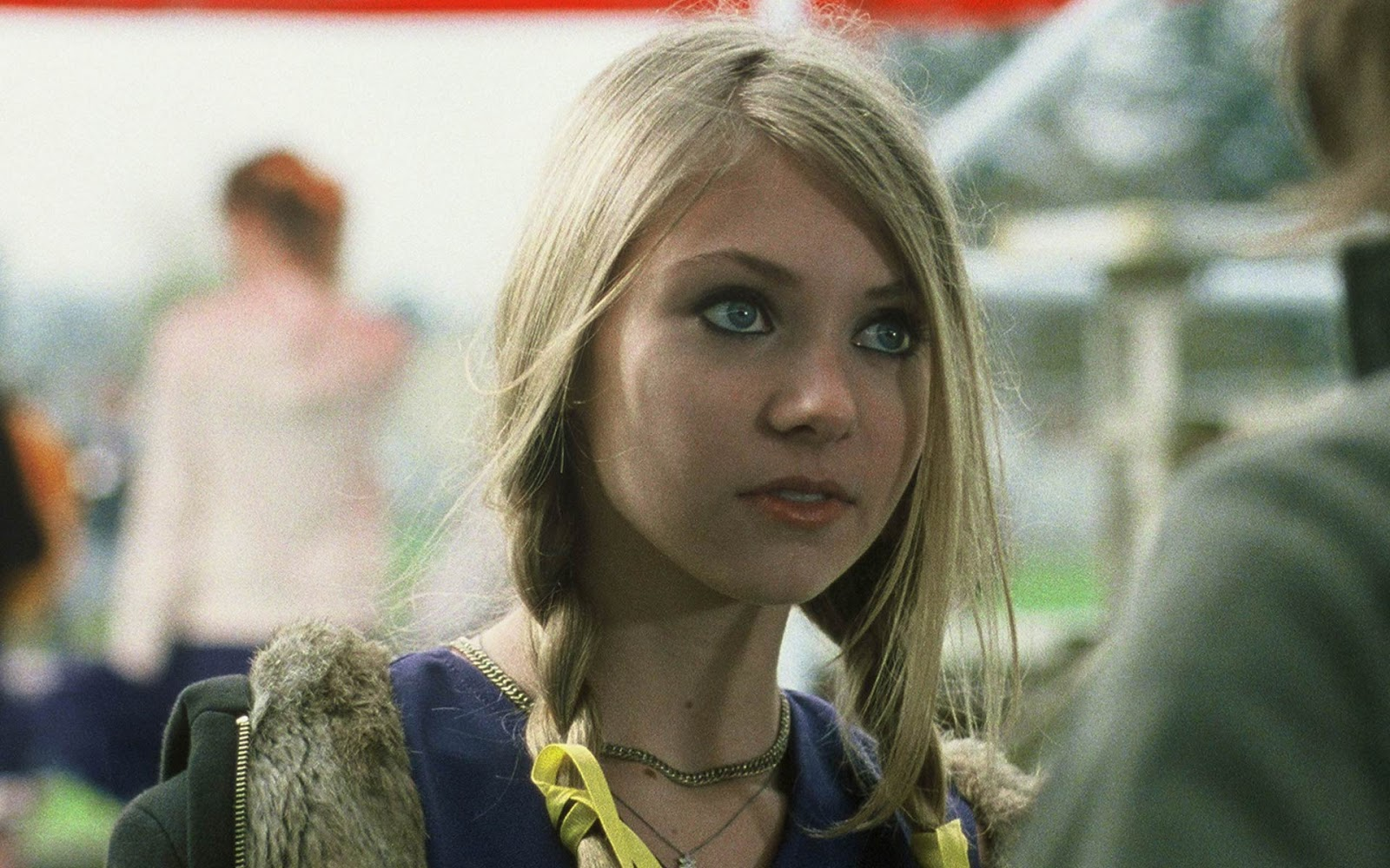 Taylor Momsen Photo Gallery | Tv Series Posters and Cast Taylor Momsen Posters