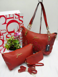 GUESS Gred AAA RM150