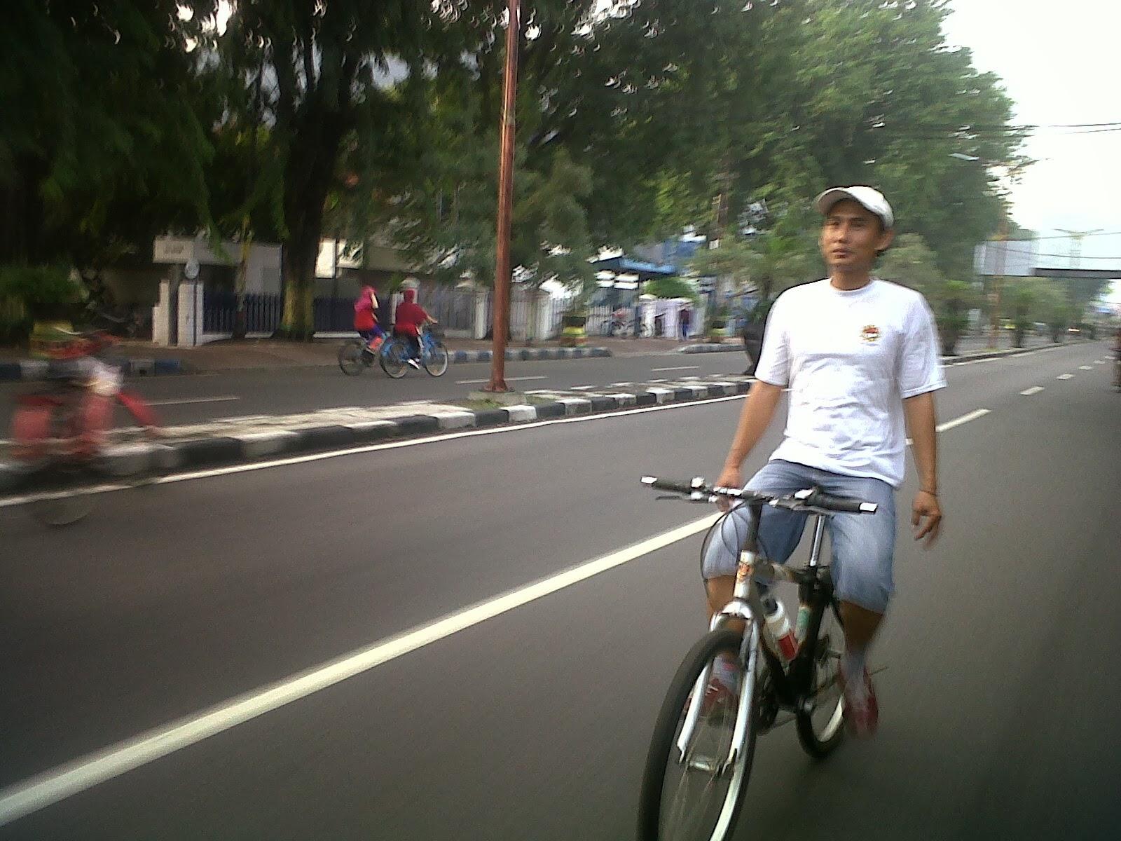 Sepedaan Minggu Pagi Part 3