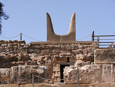 Μινωίτες κτίστες. Μια νέα έρευνα για την κλίμακα και την οργάνωση των αρχιτεκτονικών προγραμμάτων στην Κρήτη της Εποχής του Χαλκού