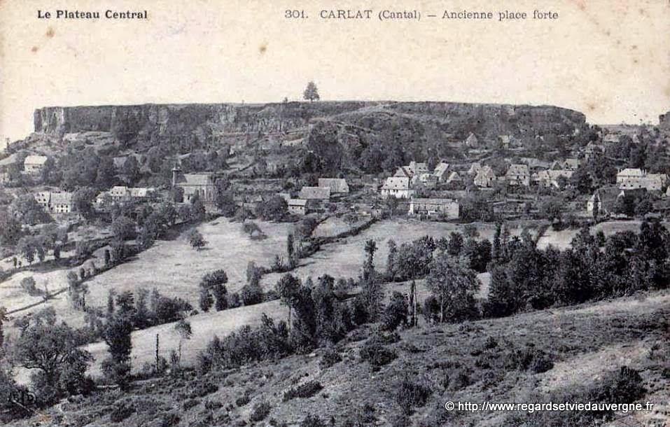 CPA  Carlat Cantal, Auvergne