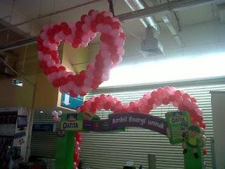 dekorasi balon CARREFOUR 4