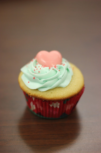 Mint Valentine's Day Cupcakes