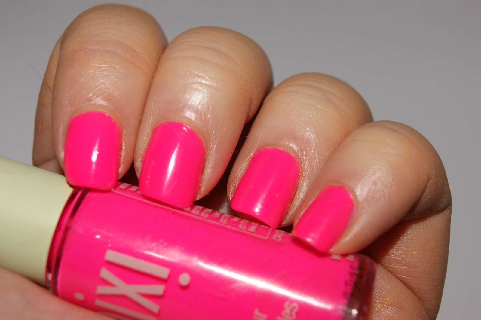 Pixi Nail Colour in 03 Summer Pink - Review | The Sunday Girl