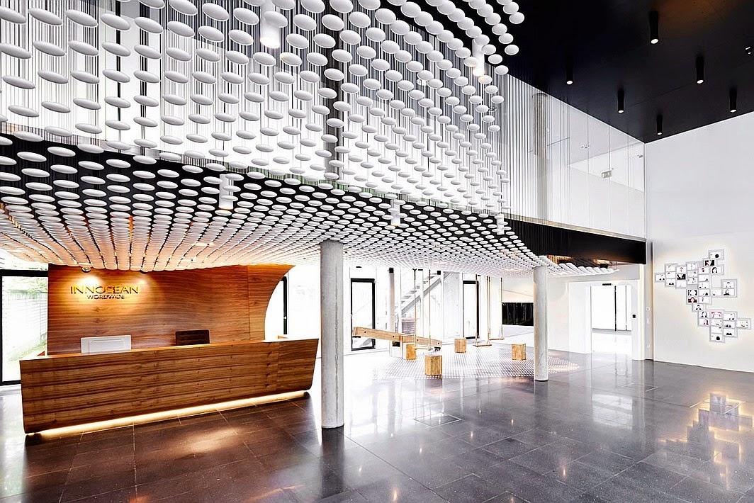 desain-interior-kantor-modern-dinamis-energik-innocean-ruang dan rumahku-blogspot_001