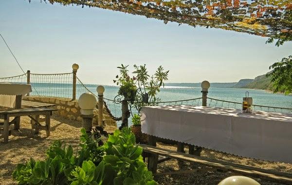 Ресторант на брега на морето