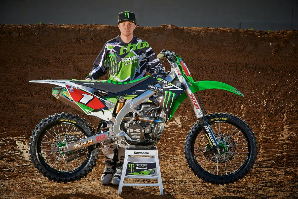 Monster Energy Pro Circuit Kawasaki Gear