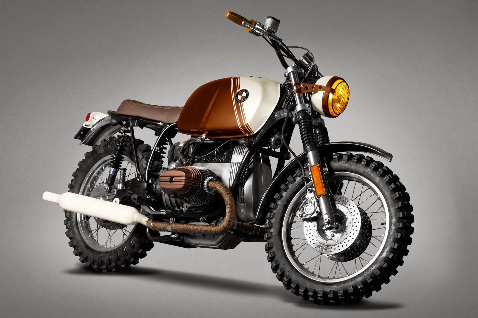 Racing Caf    BMW    R45     Pure  by TonUp Garage