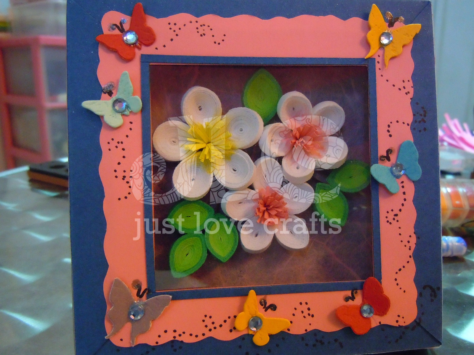Just Love Crafts: Self framed shadow box for Quilling - 3