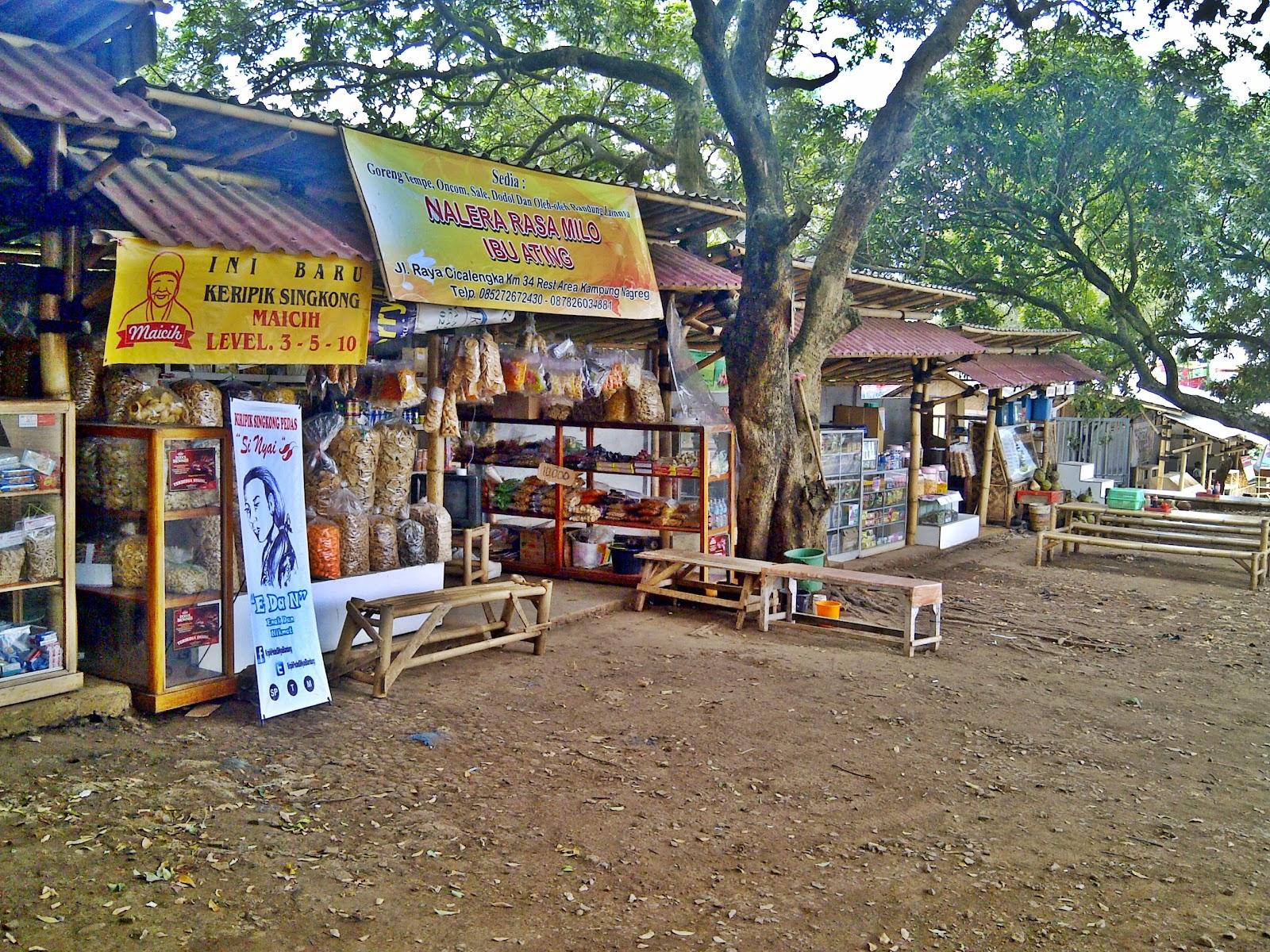 Boot Oleh Kampoeng Nagreg Keripik Singkong By Nyamen Pgp Sebagian Besar Jawa Barat Pun Kami Sediakan Bagi Anda Para Pengunjung Rest Area Dengan Lingkungan Yang Bersih Dan Nyaman Juga Didukung