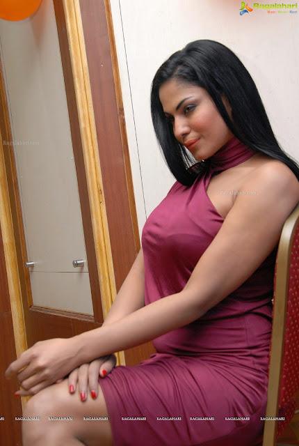 Veena+Malik+(4)