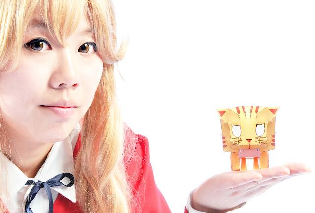 REAL life Aisaka Taiga cosplay toradora