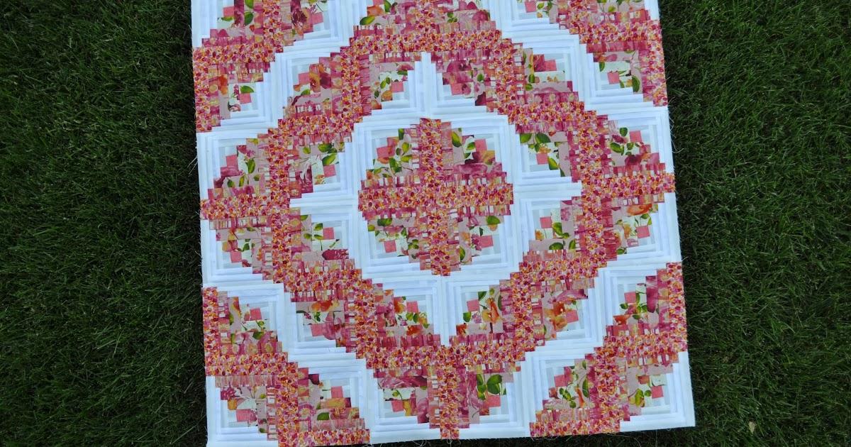 Fabric Fulfilling Its Destiny Mini Curved Log Cabin