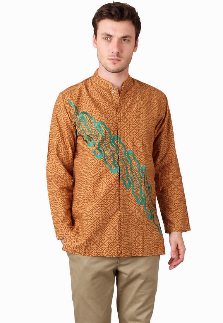 Model baju muslim batik pria sederhana