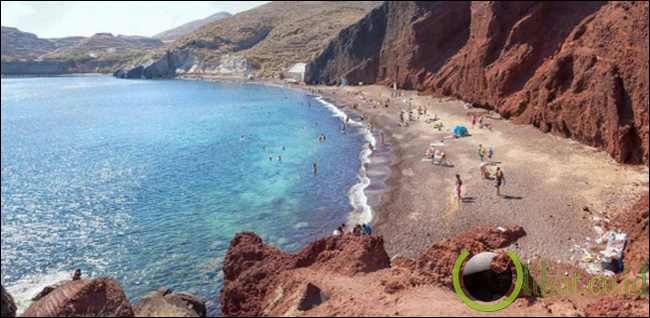 Pantai Merah, Yunani