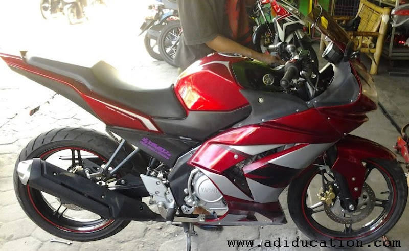 Modifikasi motor new vixion lightning full fairing title=
