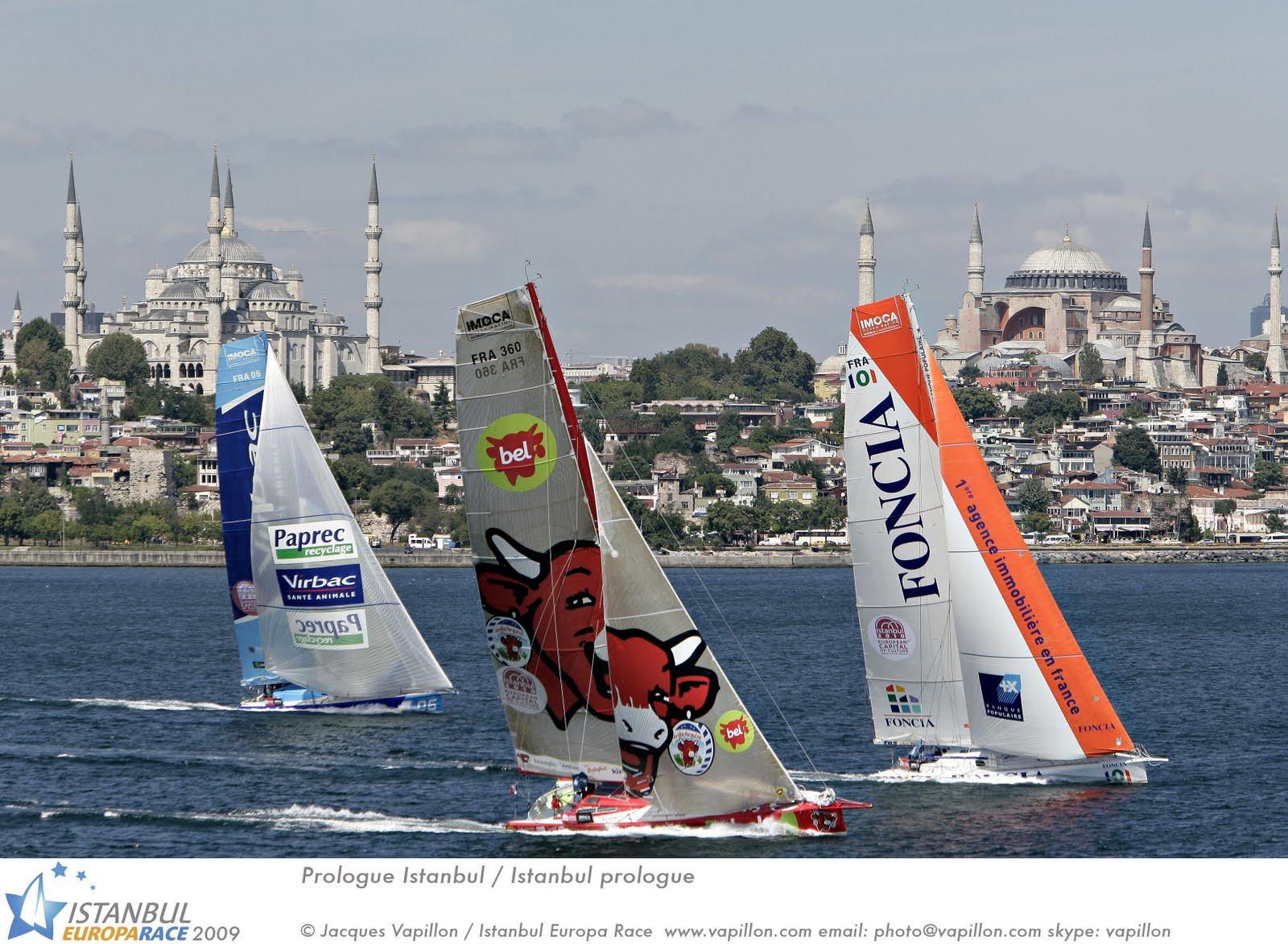 http://2.bp.blogspot.com/-A2WNkPo5deQ/TbrsxKw96LI/AAAAAAAAjHs/1SgObiLtMi8/s1600/istanbul09.jpg