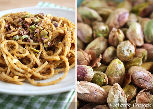 spaghetti, pesto, makaron przepis, pesto przepis, pesto makaron, pistacjowe, przepis na pesto pistacjowe, z orzechów pistacjowych, przepis na makaron z pesto, pesto orzechowe, pesto, obiad, makaron na obiad, makaron z sosem orzechowym, pyszne pesto, pyszny obiad z makaronem, pomysł na makaron, pomysł na pesto,
