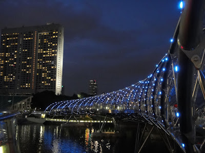 Helix Bridge Singapore Marina Bay Sands