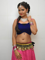 Shreya Vyas sizzling photo shoot-cover-photo