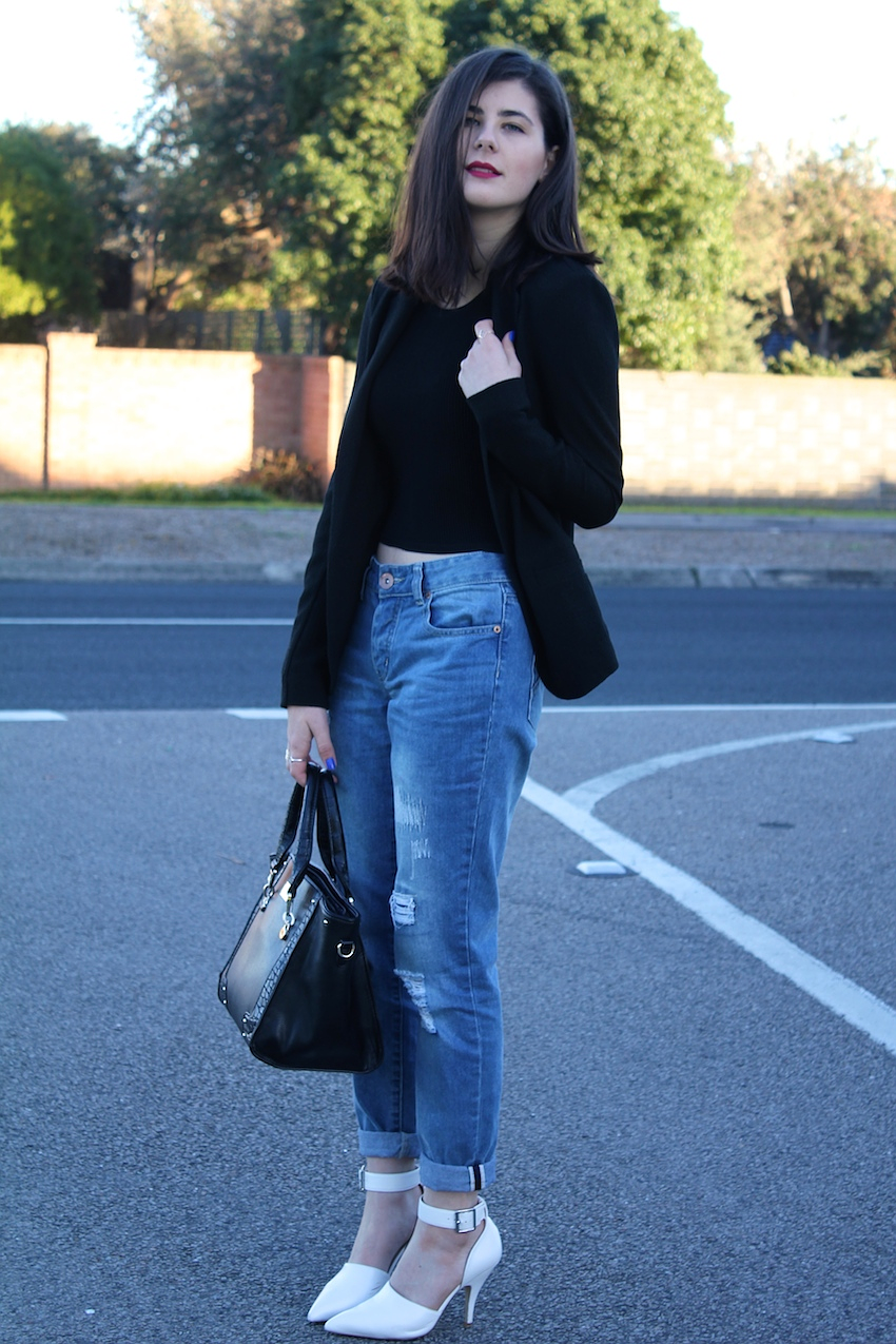 likeaharte, like a harte, blogger, melbourne blogger, bloggers wearing boyfriend jeans, how to wear boyfriend jeans, how to wear boyfriend jeans with heels, boyfriend jeans and heels, australian blogger, fashion bloggers, boyfriend jeans bloggers, ivana, ivana petrovic, cotton on boyfriend jeans, cotton on, glassons, glassons ribbed crop, target australia, target blazer, forever new, forever new bag, asos australia, asos, asos heels, white pointed heels, chanell heels faith, red lips pale skin dark hair, melbourne fashion blogger, personal style blog, fashion blog, australian fashion blog, melbourne fashion blog,
