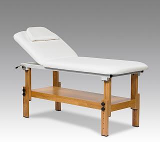http://www.sunesteticstore.it/attrezzatura-estetica/lettino-masaggio-in-legno-estetista-fisioterapia-benessere-massaggi-spa.html