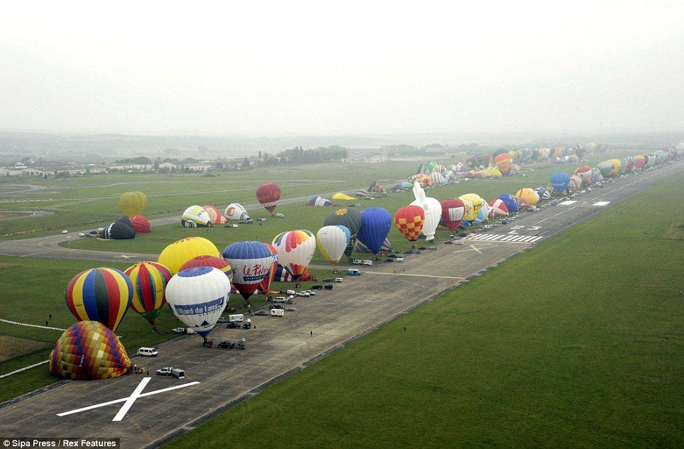 Pesta Belon Udara Antarabangsa di Lorraine Mondial