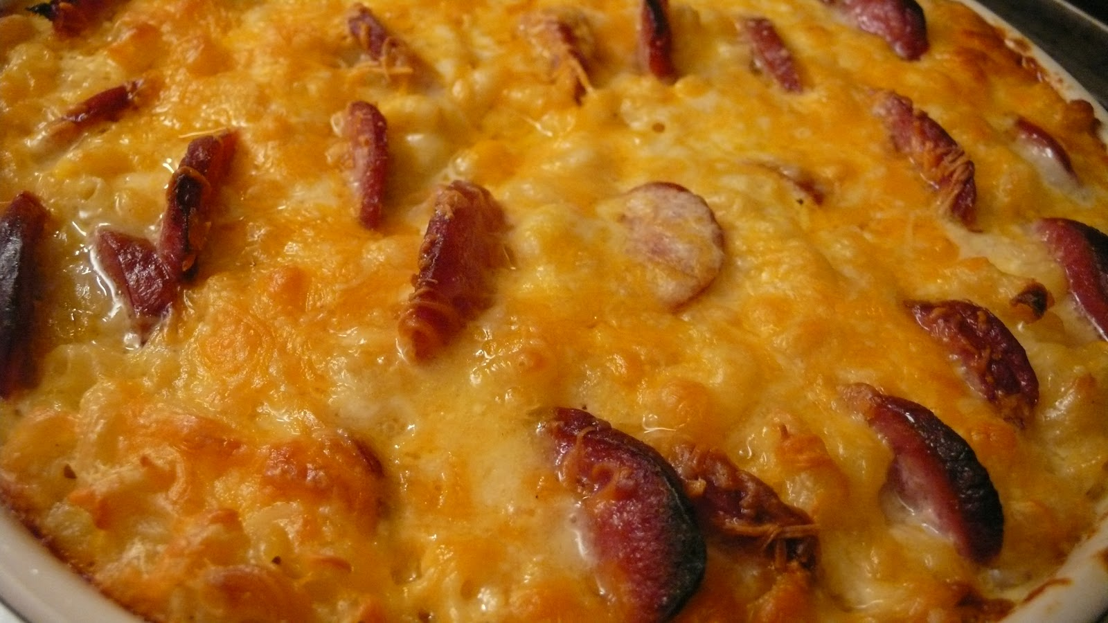 Joyously Domestic: Smoked Sausage Macaroni and Cheese