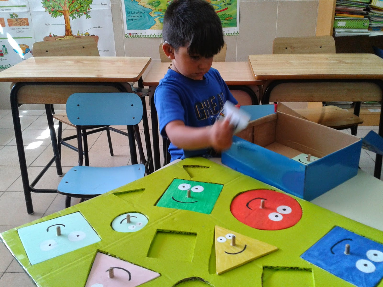 Geometr a en el jard n infantil matem ticas y tics en for Aprendiendo y jugando jardin infantil
