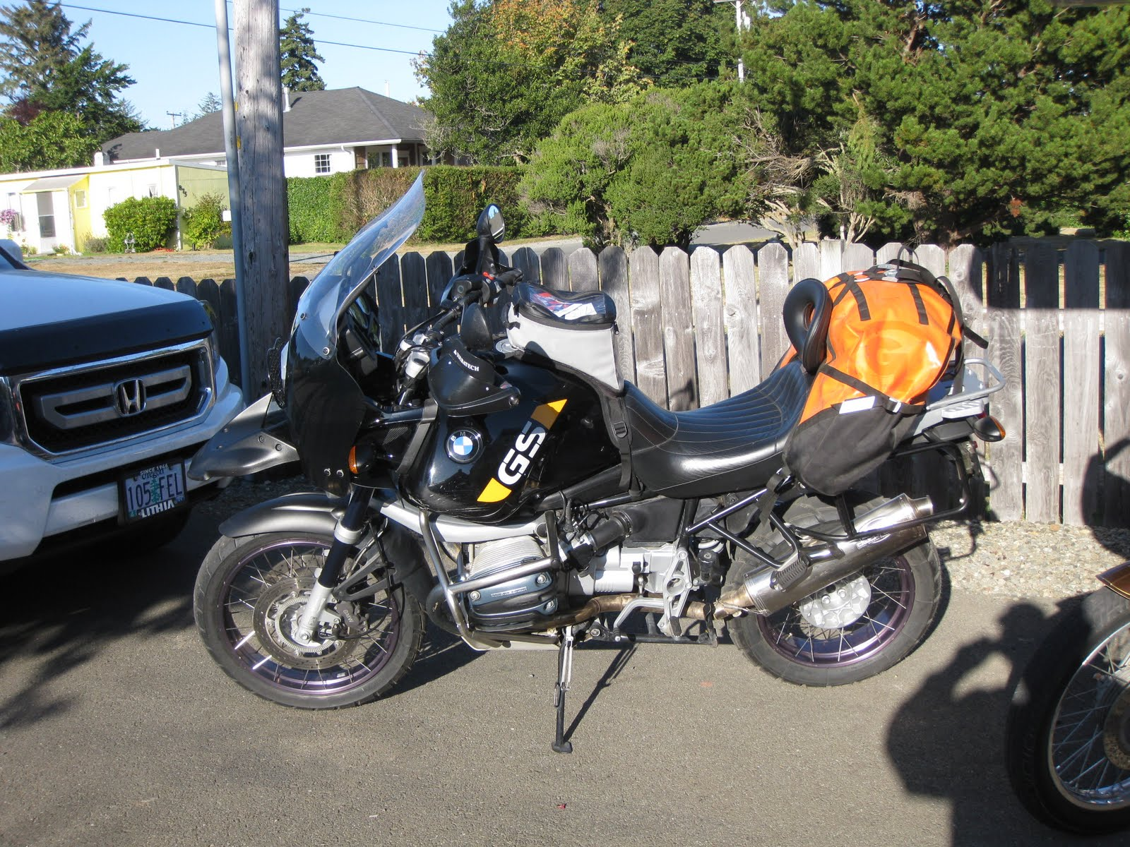 giant loop rider john 39 s new 2002 bmw r1150gs adventure. Black Bedroom Furniture Sets. Home Design Ideas