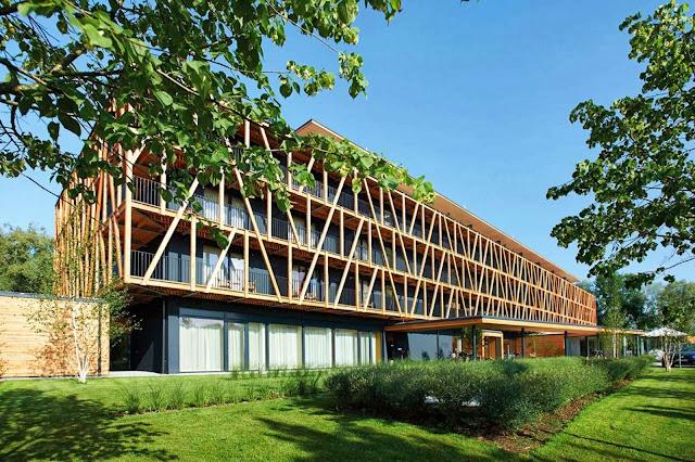 01-Bora-HotSpaResort-by-Franchi-Dannenberg-Architecture