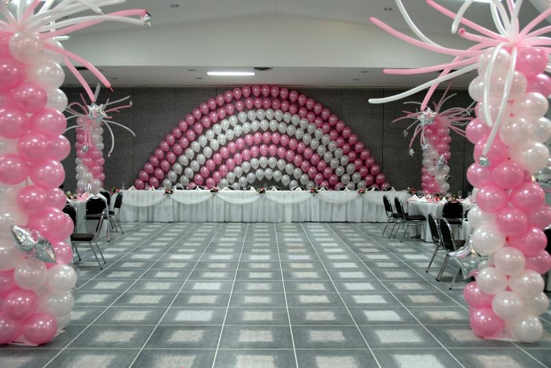 Balloon designs pictures balloon decorating ideas for Balloon decoration ideas for weddings