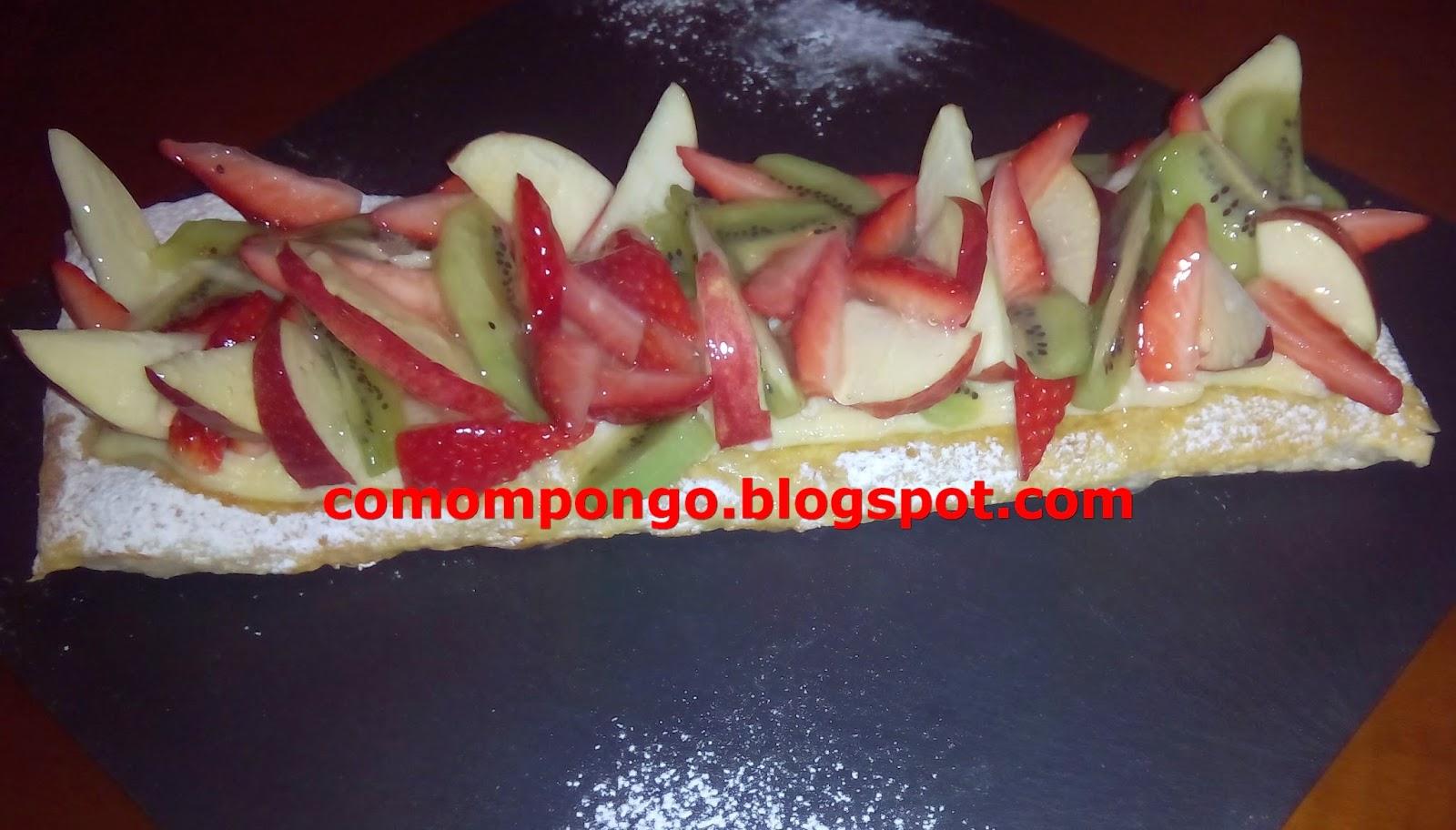 Banda de crema y fruta fresca