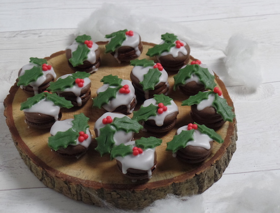 Christmas Pudding Macaron Recipe