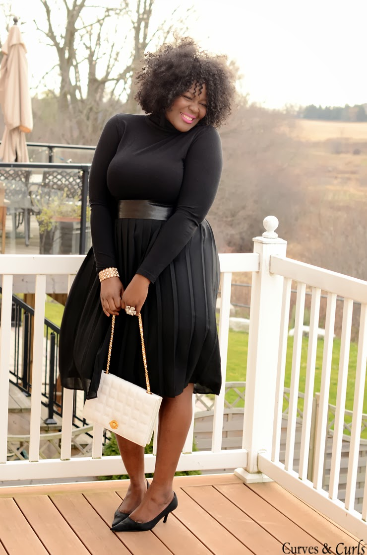 All black outfit inspiration mycurvesandcurls