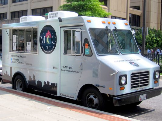 Midnite Confections Food Truck