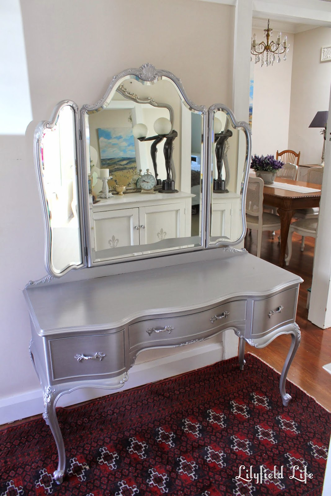 Lilyfield Life: Tips On Using Metallic Paint And A Silver Painted Dressing  Table Set