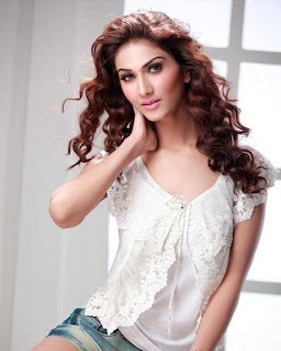 indian model vaani kapoor  beautiful Picture shoot 11 720 southdreamz.jpg