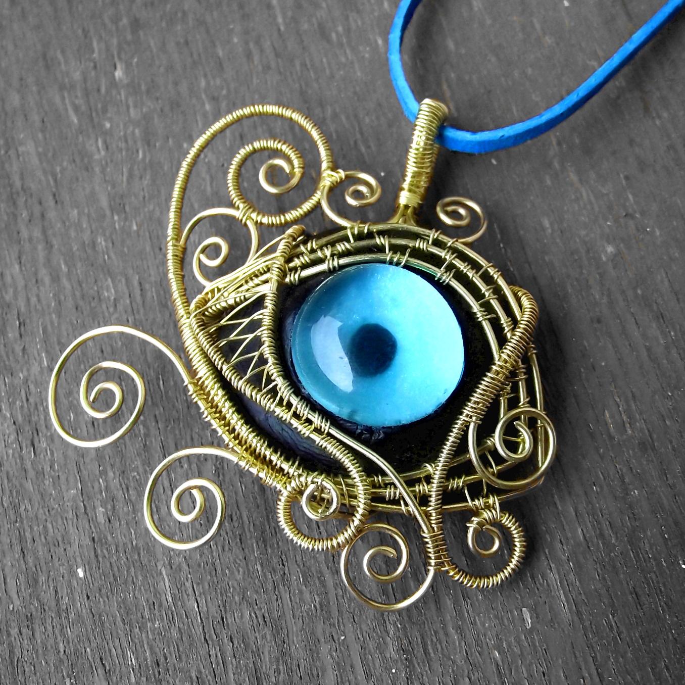 546e1b00ac3 Velice složitý a krásný šperk v egyptském stylu jsem nazvala Raovo oko