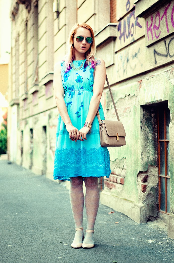 turquoise vintage floral dress H&M mirros sunglasses Asos flats