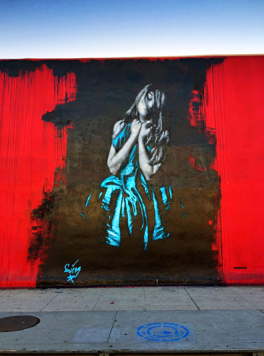 Our friends Snik are currently in North America where he was invited by Black Apple Art Gallery to paint on the streets of Los Angeles, USA.