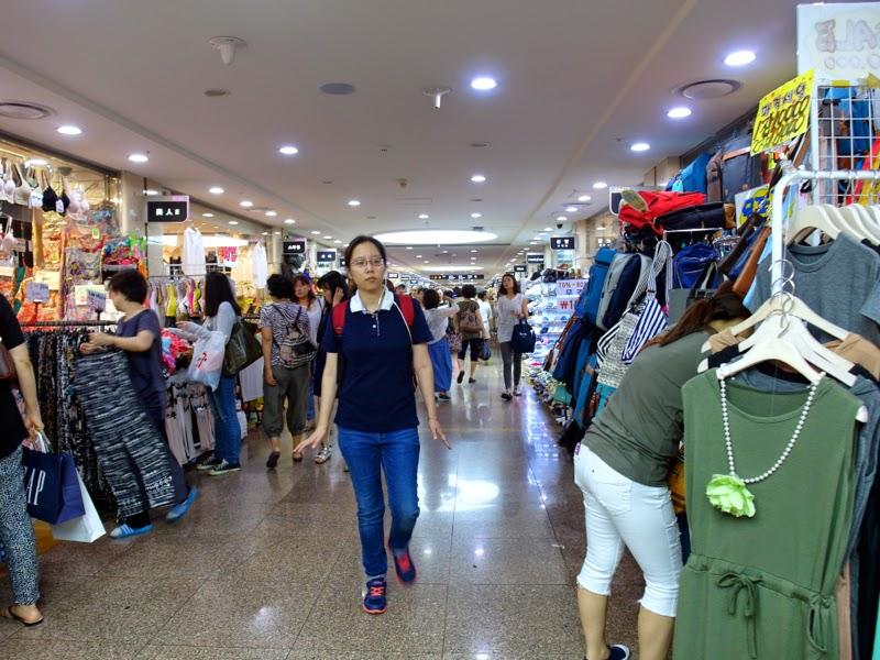Ewha Summer Studies Gangnam Terminal Underground Shopping Center Seoul South Korea lunarrive travel blog