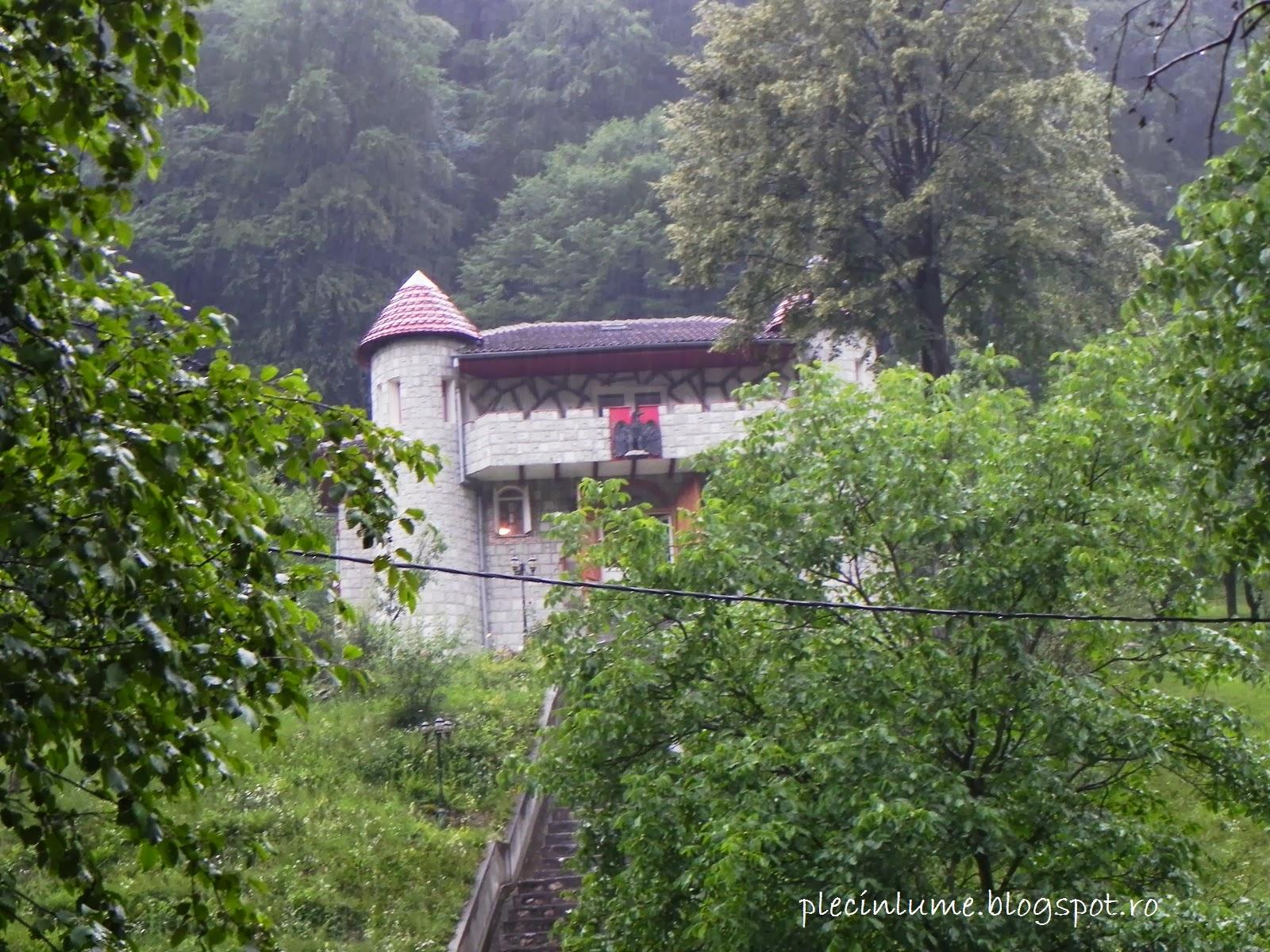 Castel in drum spre Sarmizegetusa Regia