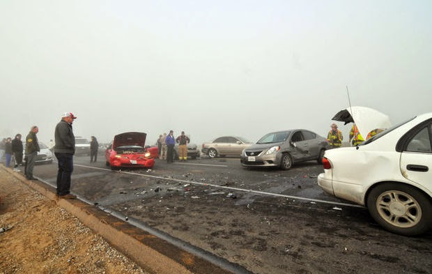 highway 198 foggy 20 car crash hanford lemoore 14th avenue