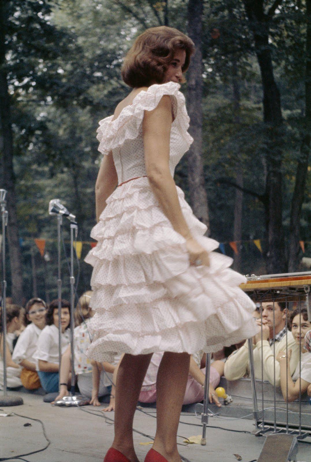 Leesh on Vintage: Inspirational Icon Monday: June Carter Cash June Carter Dress