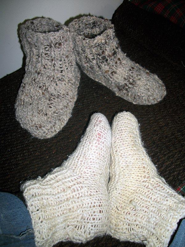 Hacer calcetines de lana con dos agujas - Como hacer talon de calcetines de lana ...