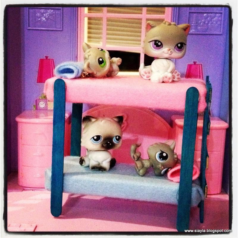Imagination Station Creating Littlest Pet Shop Furniture