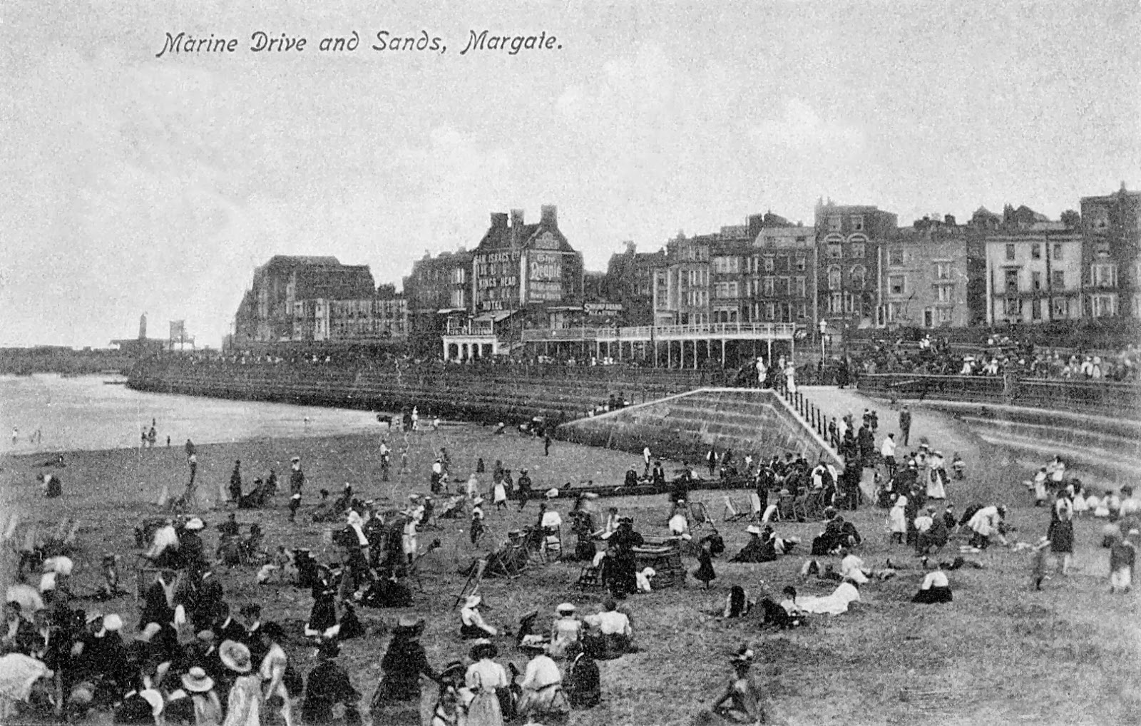 Thanet Coast Life  Margate 1914 In Photographs
