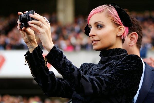Ambassadors join nicole richie sydneys fashionable autumn racing carnival
